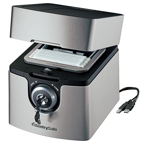 SENTRY(セントリー) 耐火・防水(耐水) USBポート付 メディア保管庫<シリンダー錠> QA0121